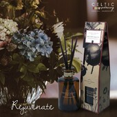 Rejuvenate....notes of pomegranate, and spicy plum.....Happy Sunday everyone....enjoy the day...  https://celticcandles.ie/55-organic-range-180ml-diffuser  #natural #irish #cleanburn #diffuser #candle #tryone #scented #gift #championgreen